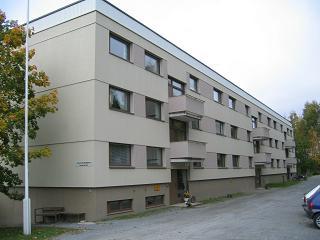 Asunto Oy Sahanranta – hoitovastike 1,95 eur/m2/kk, edullista asumista remontoidussa yhtiössä Jämsänjoen rannassa